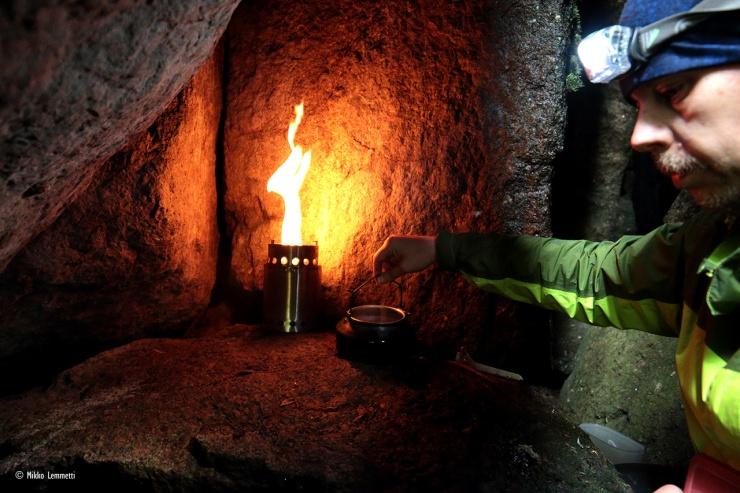 The Cave Café on avattu.