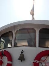 Kapteeni katsoi horisonttihin...
