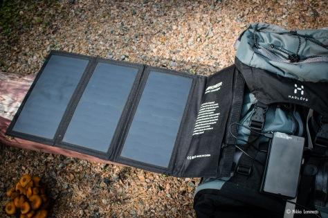 Archeerin aurinkopaneeli näyttää isolta lompakolta.