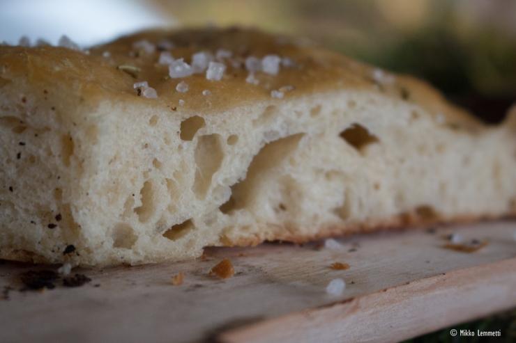 """""""Anteeksi, kun vaivaan"""", sanoi leipuri. Ei se mitään, koska silloin taikinasta tulee ilmava."""